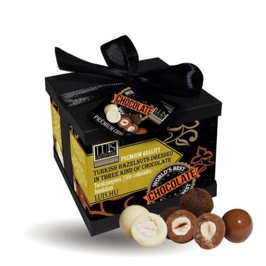 Törökmogyoró, 3 féle csokoládés bundában – díszdobozban 90g